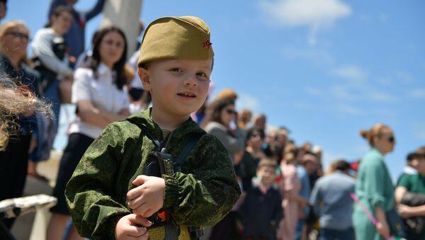 Марш победы и Бессмертный полк: как в Сухуме отметили 9 мая   - Sputnik Абхазия