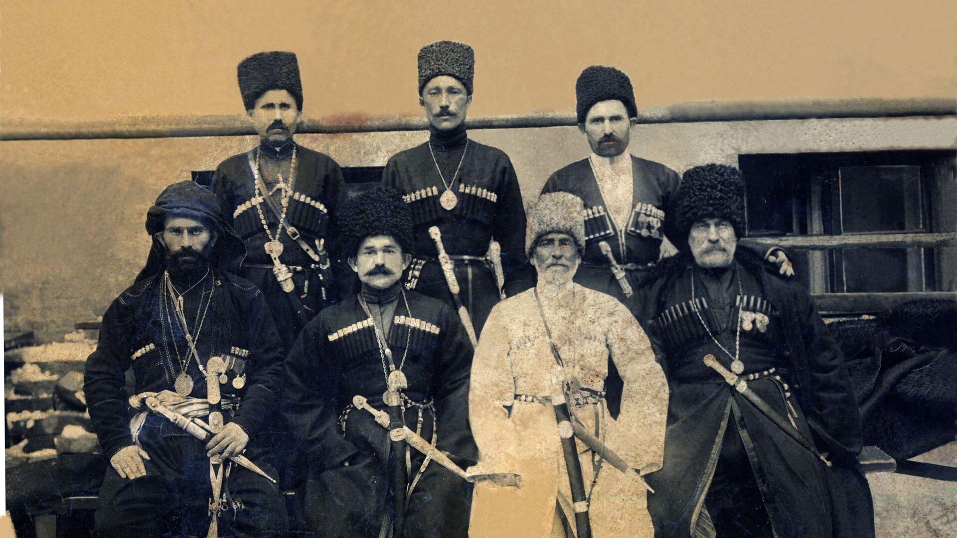 Гәдоуҭатәи аделегациа Романоваа рыҩны 300 шықәса ахыҵра азгәаҭараан - Sputnik Аҧсны, 1920, 09.10.2021