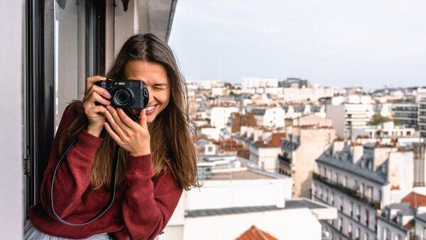 Туристка с фотоаппаратом - Sputnik Абхазия