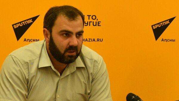 Агәыҳалаларатә еиҿкаара Кьараз анагӡаратә директор Кадыр Аргәын  - Sputnik Аҧсны