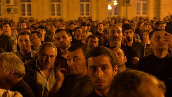 Митинг оппозиционных сил у здания Парламента - Sputnik Аҧсны