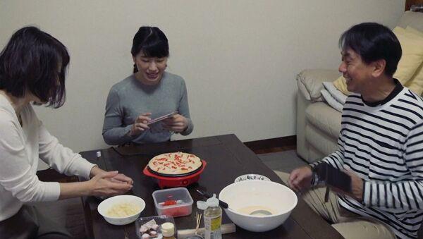 Семья напрокат для одинокого японца - Sputnik Абхазия