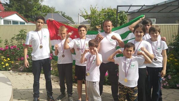 Абхазские тайбоксеры взяли золота и два серебра на турнире в Анапе  - Sputnik Абхазия