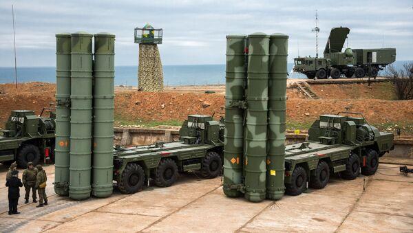 Комплекс ПВО С-400 Триумф заступил на боевое дежурство в Севастополе - Sputnik Абхазия