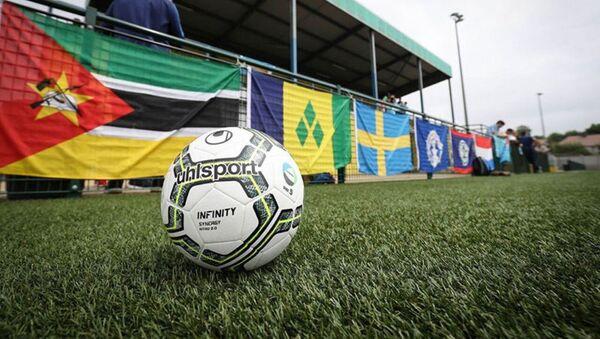Мяч на поле во время чемпионата по футболу ConIFA - Sputnik Аҧсны