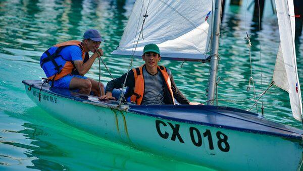 Тренировки в яхт-клубе Амра - Sputnik Абхазия