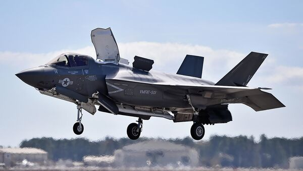 Американский военный самолет F-35. Архивное фото - Sputnik Аҧсны