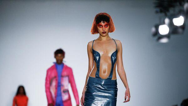 Показ Fashion East на Неделе моды в Лондоне. - Sputnik Абхазия