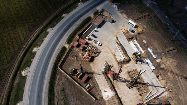 Строительство нового путепровода через железную дорогу в Краснодарском крае, архивное фото - Sputnik Абхазия