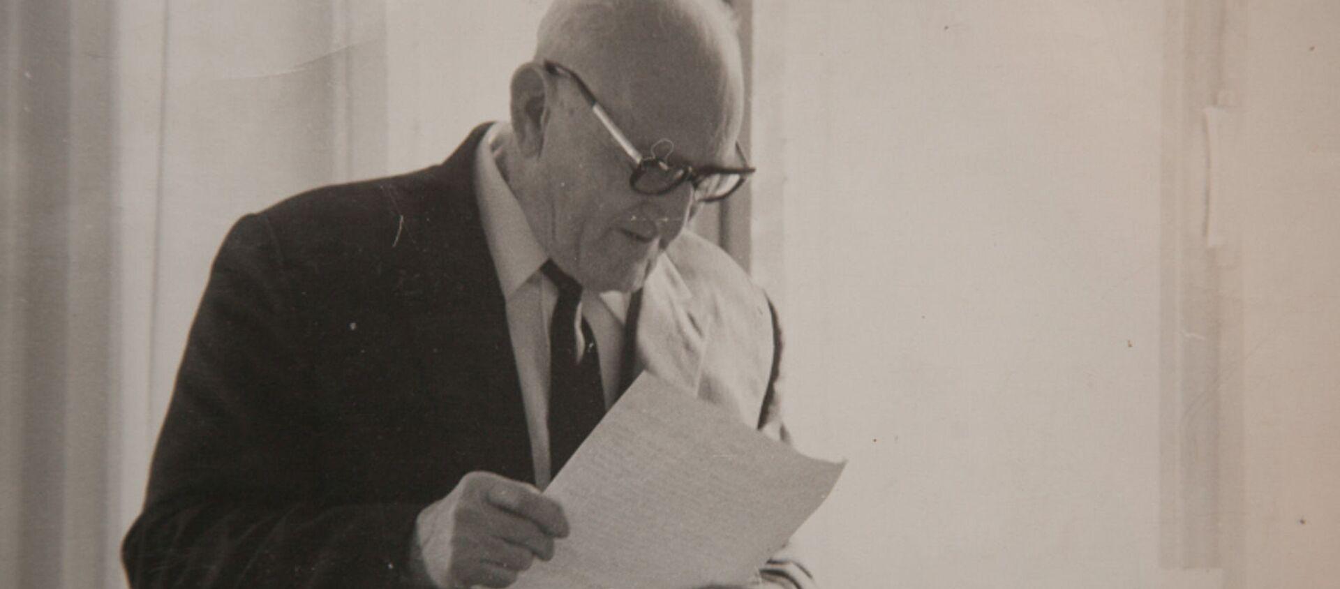 Аԥсуа филологиа апатриарх, абызшәадырҩы Константин Семион-иԥа Шьаҟрыл - Sputnik Аҧсны, 1920, 27.06.2019