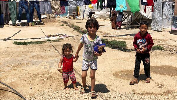Лагерь сирийских беженцев на берегу реки Литани в Ливане - Sputnik Абхазия