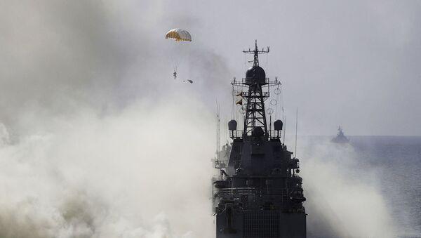 Военные учения российских военных у берегов Крыма - Sputnik Абхазия