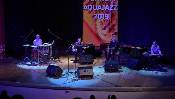 Закрытие международного музыкального фестиваля SUKHUM AQUAJAZZ 2019  - Sputnik Абхазия