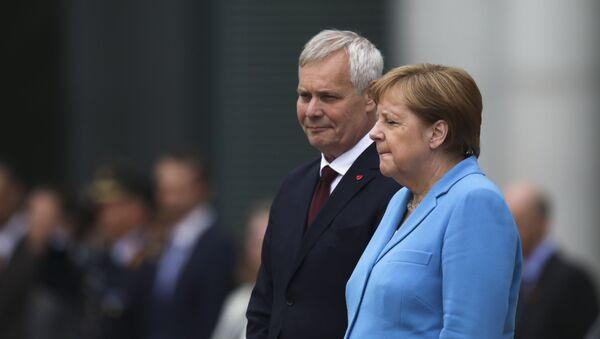 Канцлер Германии Ангела Меркель и премьер-министр Финляндии Антти Ринне в Берлине, 10 июля 2019 - Sputnik Абхазия