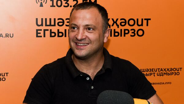 Енгин Ебжьноу - Sputnik Аҧсны