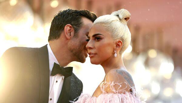 Леди Гага и Бредли Купер - Sputnik Абхазия