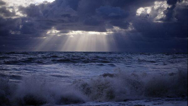 Черное море в непогоду - Sputnik Абхазия