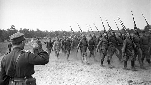 1-я Варшавская польская пехотная дивизия имени Тадеуша Костюшко - Sputnik Абхазия