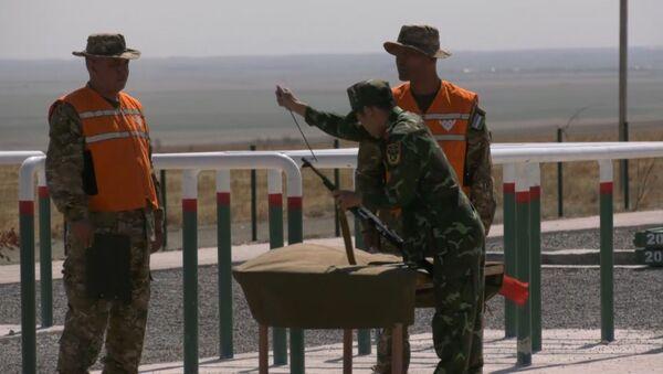 АрМИ-2019: спецназ в белых халатах - Sputnik Абхазия