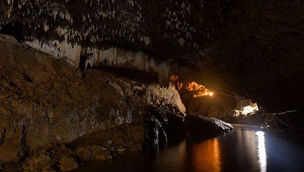 Пещера Абрскила - Sputnik Абхазия