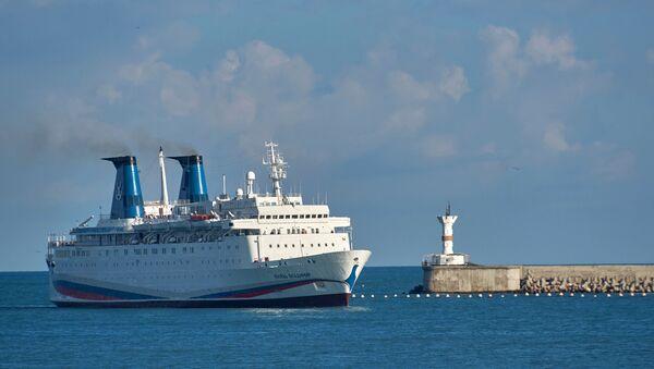 Прибытие круизного лайнера Князь Владимир в Севастополь - Sputnik Абхазия