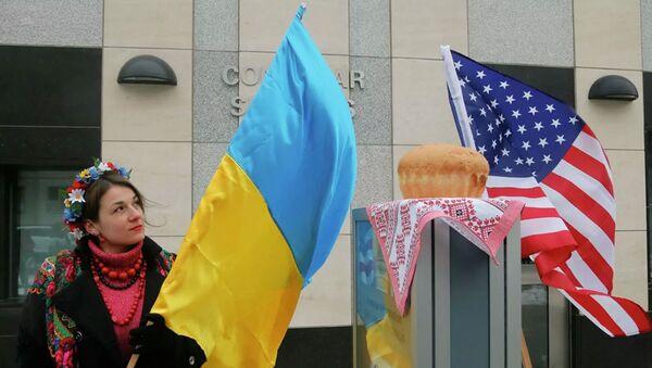 Флаги Украины и США - Sputnik Абхазия