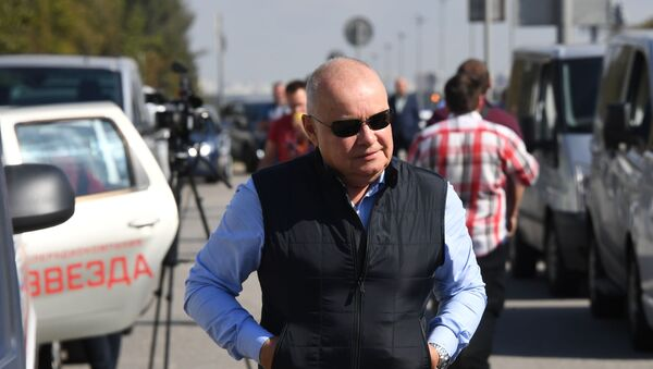 Журналисты у аэропорта Внуково - Sputnik Абхазия