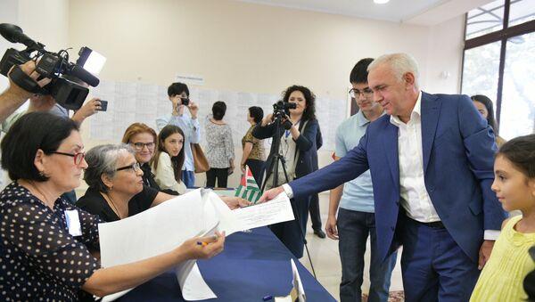 Выборы президента в Абхазии, второй тур - Sputnik Аҧсны