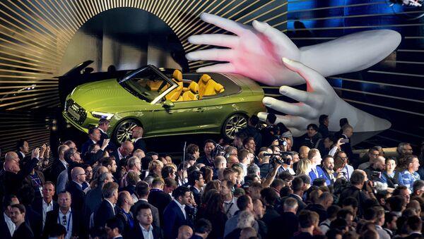 Автомобиль Audi A5 4.0 TDI Quattro на международном автомобильном салоне во Франкфурте - Sputnik Абхазия