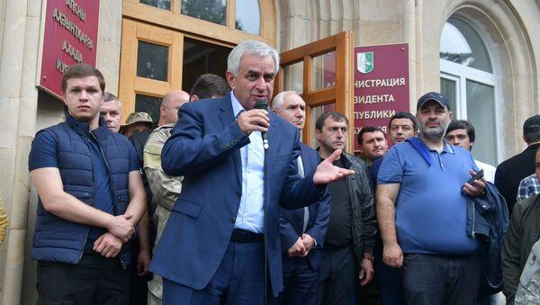 Действующий президент Абхазии Рауль Хаджимба - Sputnik Аҧсны