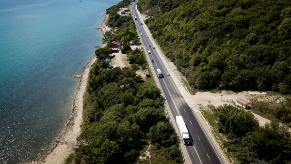 Автомобильная дорога Джубга – Сочи  - Sputnik Абхазия