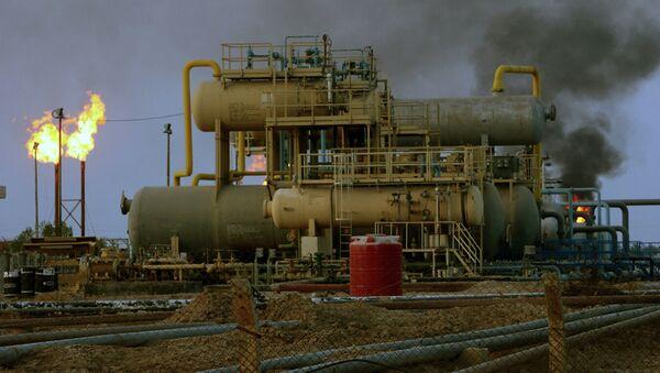 Пожар на нефтеперерабатывающем заводе в Саудовской Аравии - Sputnik Абхазия