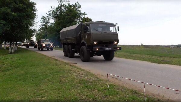 Механизированный марш военной техники ЮВО после проведения двустороннего тактического учения в Абхазии  - Sputnik Абхазия