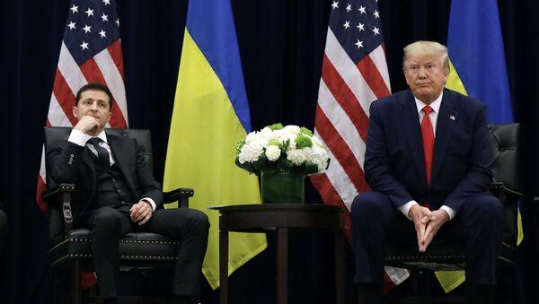 Президент Украины Владимир Зеленский и Президент США Дональд Трамп - Sputnik Абхазия