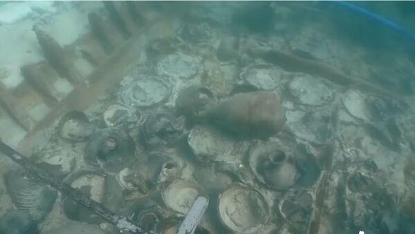1700 лет под водой: в Испании нашли затонувший корабль с римскими амфорами - Sputnik Абхазия