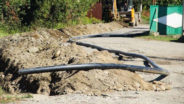 Ремонтно-строительное управление проводит замену стометрового участка водопровода - Sputnik Абхазия