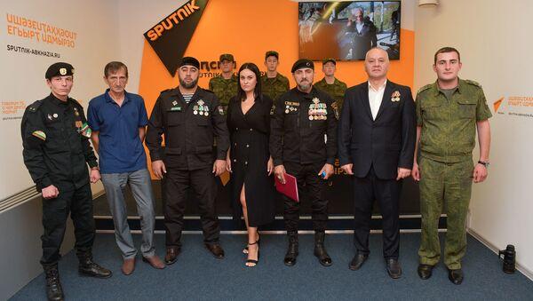 Вручение архивных документов семьям жителей Чечни, погибших в концлагерях  - Sputnik Абхазия