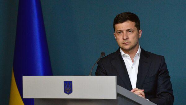 Доклад президенту Украины В. Зеленскому о расследовании убийства журналиста П. Шеремета - Sputnik Абхазия