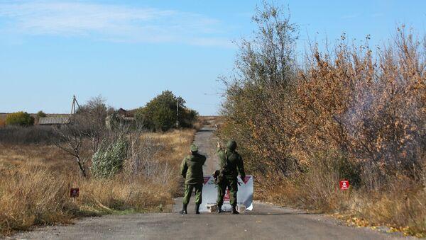 Разведение сил в Донбассе не состоялось - Sputnik Абхазия
