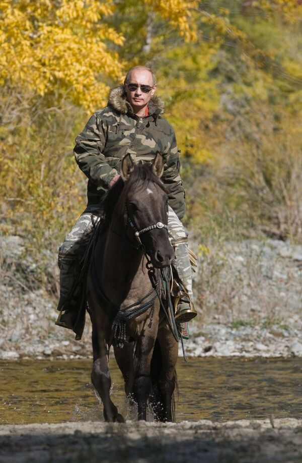 Президент Владимир Путин во время экспедиции в Убсунурскую котловину - Sputnik Абхазия