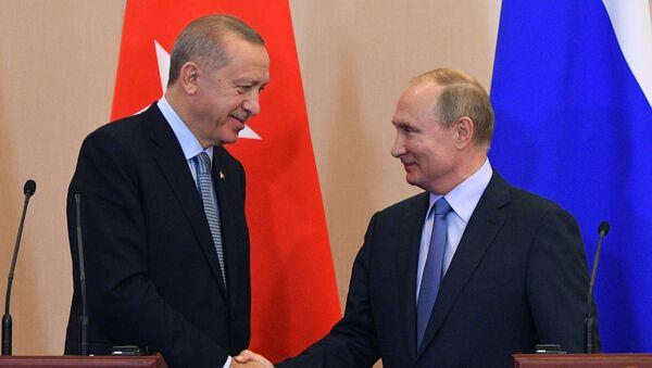 В.В. Путини Р.Т. Ердогани еиԥылеит - Sputnik Аҧсны