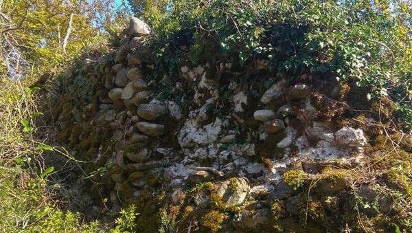 Археологи проводят раскопки близ села Хиацха - Sputnik Абхазия