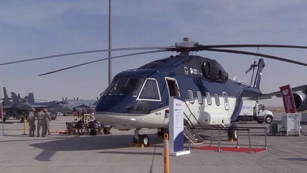 Вертолет Ми-38 в ОАЭ: арабские шейхи меняют американскую авиатехнику на российскую - Sputnik Абхазия