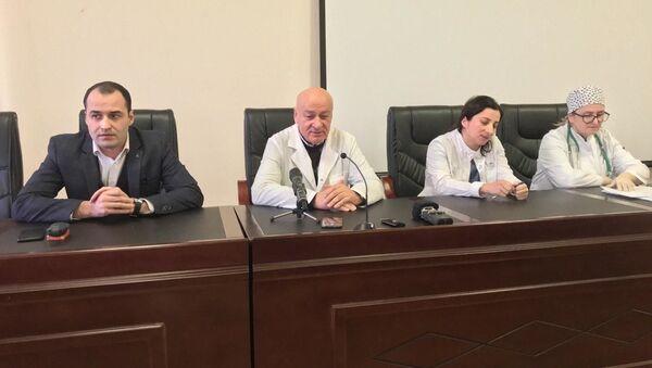 Врачи ЦРБ Абхазии рассказали о состоянии здоровья Доминики Акиртава  - Sputnik Абхазия