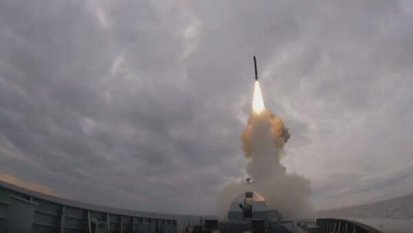 Запуск крылатой ракеты «Калибр» с фрегата «Адмирал Эссен» - Sputnik Абхазия