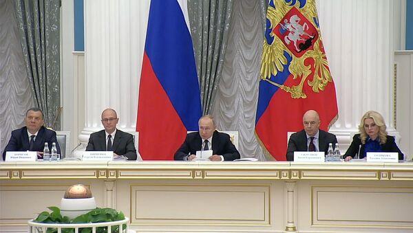Владимир Путин раскритиковал попытки исказить правду о Великой Отечественной войне - Sputnik Абхазия