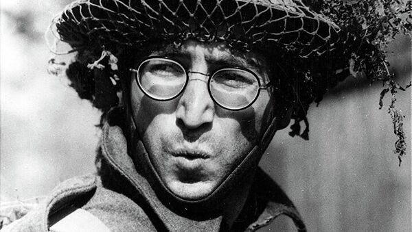 Британский рок-музыкант, певец, поэт, композитор, художник, писатель Джон Леннон в фильме How I Won the War, 1967 год. Архивное фото - Sputnik Абхазия