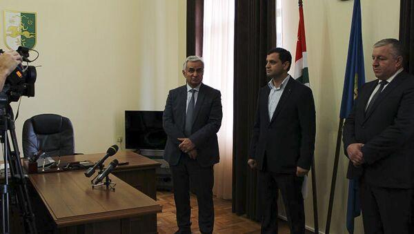Президент РА Хаджимба Р.Д. представил Генерального прокурора РА - Sputnik Абхазия