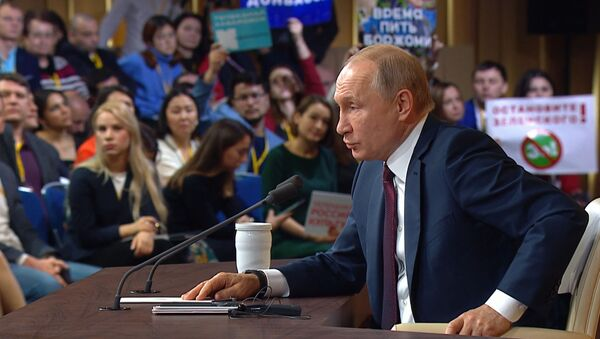 Боятся вашей правды - Путин об угрозах властей Эстонии в адрес сотрудников Sputnik Эстония - Sputnik Абхазия