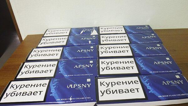 Конфискация сигарет  - Sputnik Абхазия